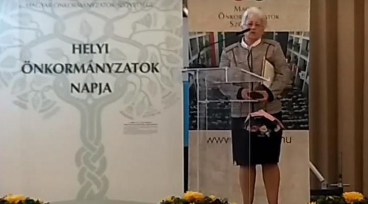 Polgármesteri Arany Pecsétgyűrű elismerés Pergő Margit